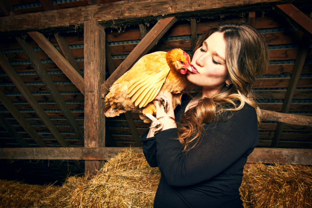 IS IT SAFE TO KEEP CHICKENS IN YOUR HOUSE